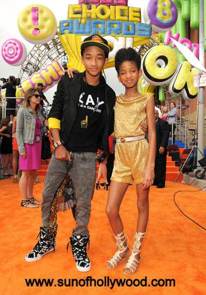 Jaden and Willow Smith are such amazing kids, I wish Will and Jada had like 12 more
