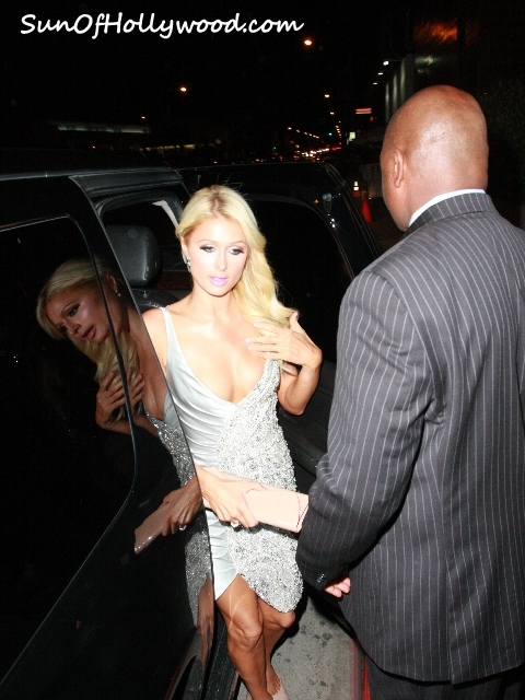 Celebreflections: Paris Hilton Paints The Town Red O