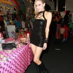 paulalabaredas_susanblock_girlsandcorpses_meltdowncomics_SunOfHollywood_21