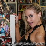 paulalabaredas_susanblock_girlsandcorpses_meltdowncomics_SunOfHollywood_35