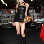 paulalabaredas_susanblock_girlsandcorpses_meltdowncomics_SunOfHollywood_65