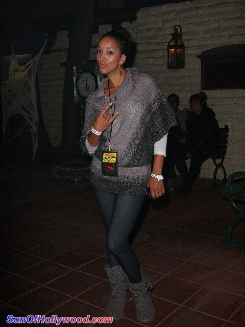 Ambitionz Az A Knotts Scary Farm Ridah… With Francia Raisa, Gloria Govan And Logan Browning