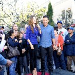 Sofia Vergara and Mario Lopez share a few Latin Laughs