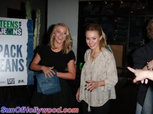 juliannehough_kristenbell_teensforjeans_sunofhollywood_31