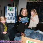 juliannehough_kristenbell_teensforjeans_sunofhollywood_44