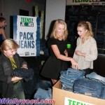 juliannehough_kristenbell_teensforjeans_sunofhollywood_46