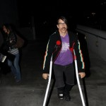 anthonykiedis_lakers_crutches_sunofhollywood_07