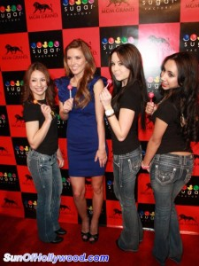 audrinapatridge_mgm_sugarfactory_jeans_sunofhollywood_39