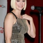 Anna Faris And Her Death Ray Vision