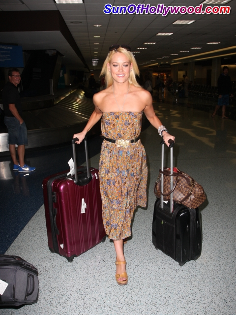 Peta Murgatroyd Shares With Us Her Little Secret… She Loves Ukrainian Dance(rs).. Hint… Hint