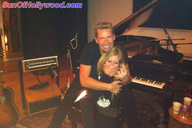 Chad Kroeger And Avril Lavigne and their MAGICal Vegas Engagement