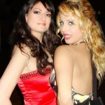 Whether Plasmas, Tubes Or Even L.E.D.'s... Lizzi & Parisi R 2 Hott 4 T.V.
