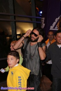 lakersgame1_sunofhollywood_01