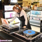 @DJCrykit On The 1's and 2's... Soothin those Vegas Chinese Laundry Blues