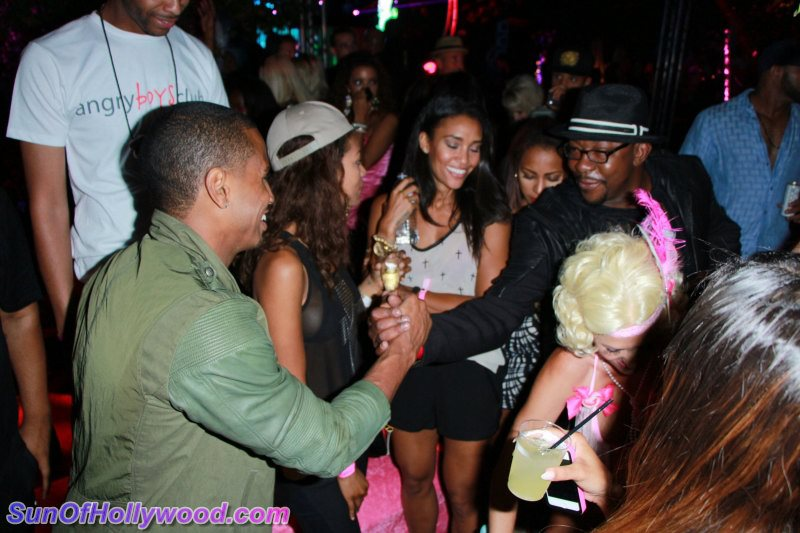 Old Skool New Skool Need To Learn Tho ... Passin' R&B Torches At The Kandyland Inferno