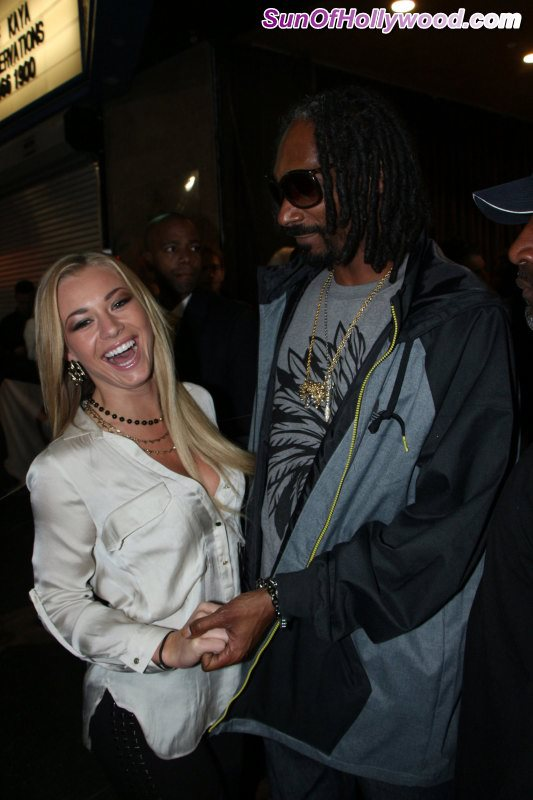 Prophecy Makes The Introduction.. And Snoop Lion Takes A Liking To Nikki Leigh