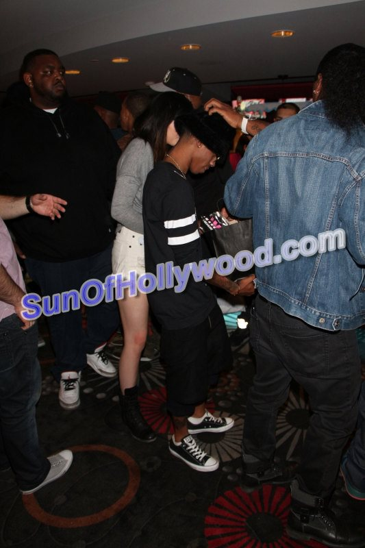 lil za dating No he doesnt even know her its just a rumor, all she said was she thought he was realli cute, and somebody twisted her wordsfyi----i love lil za's mixtape i am za.
