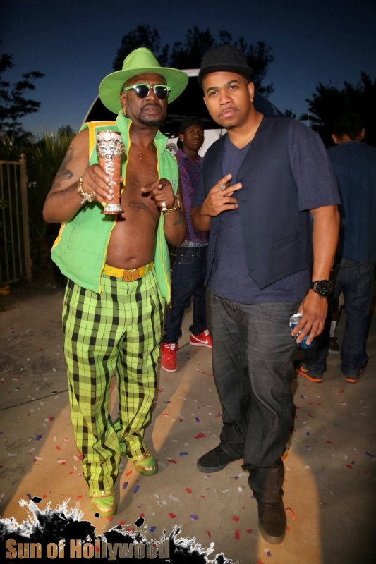 Party On Bishop & Omar... Forever Pimpin... Never Slippin.. That's How It Is