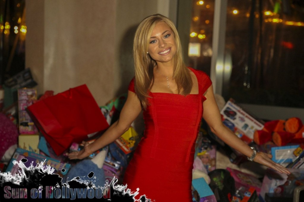 My What BEAUTIFUL Gifts You Have !! And The Pile of Toys Behind You Is Somethin Else Too