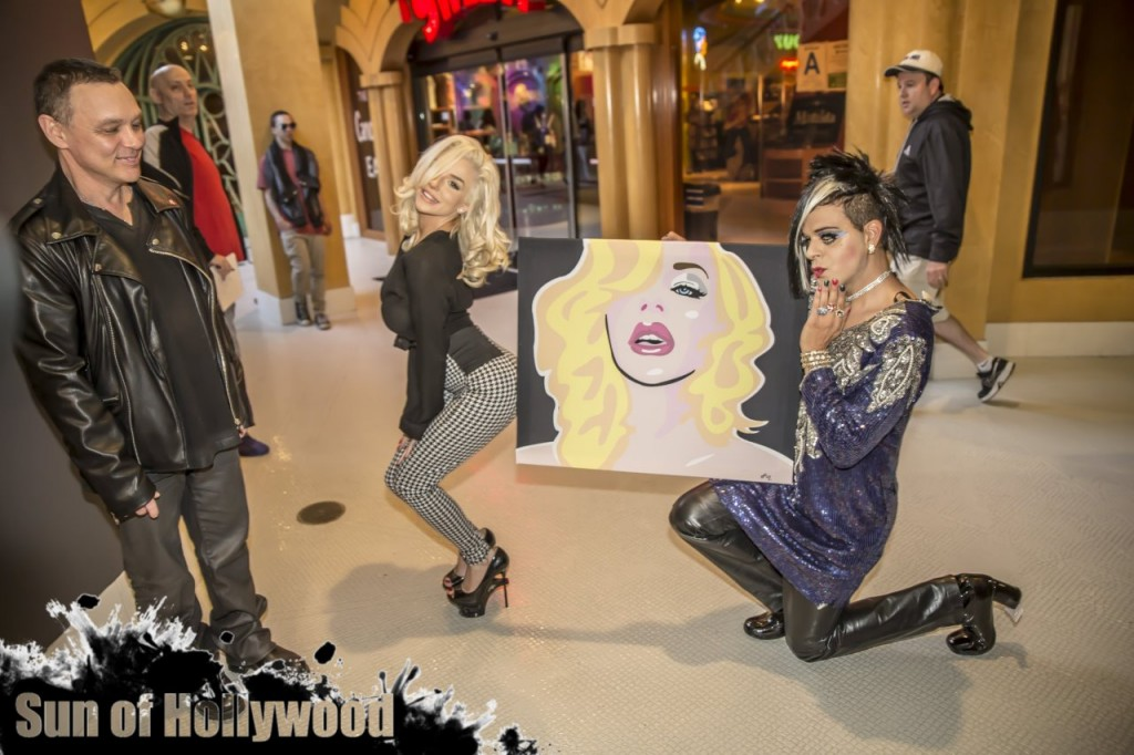Courtney Stodden's Arrival At Sham Ibrahim's Art Gallery For His Celeb Selfie Portrait Series