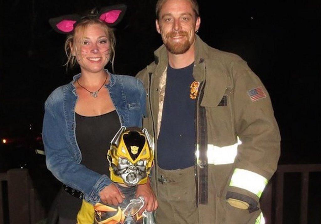 taylor swift donates 15,000 firefighter gofundme aaron amber john bear vanriper 03