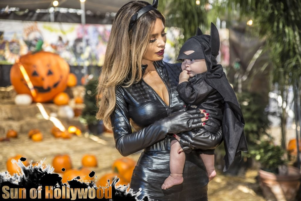 Catwoman & Baby Batman