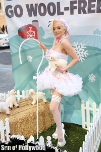 courtney stodden peta sheep sheering hollywood highland garry sun prophecy sunofhollywood 11