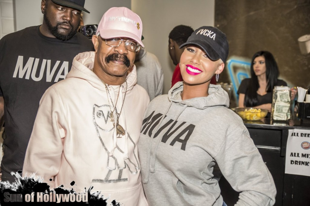 "Amber Rose Launches Her ""Muva Moji"" Emoji … Drake's Dad Dennis Graham Attends"