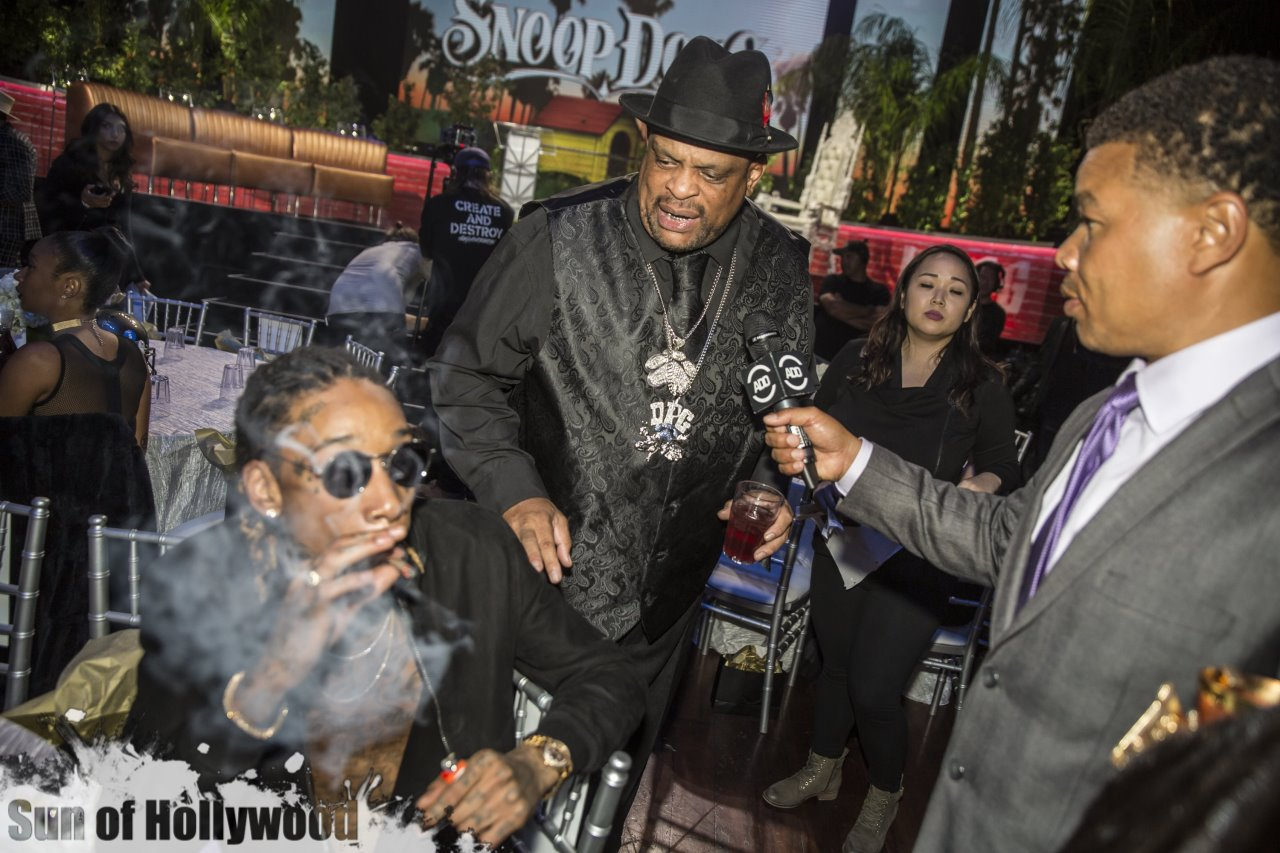 snoop-dogg-roast-all-def-digital-russell-simmons-ti-mike-epps-ashanti-chanel-west-coast-wiz-khalifa-bishop-don-magic-juan-luenell-paul-rodriguez-avalon-hollywood-09